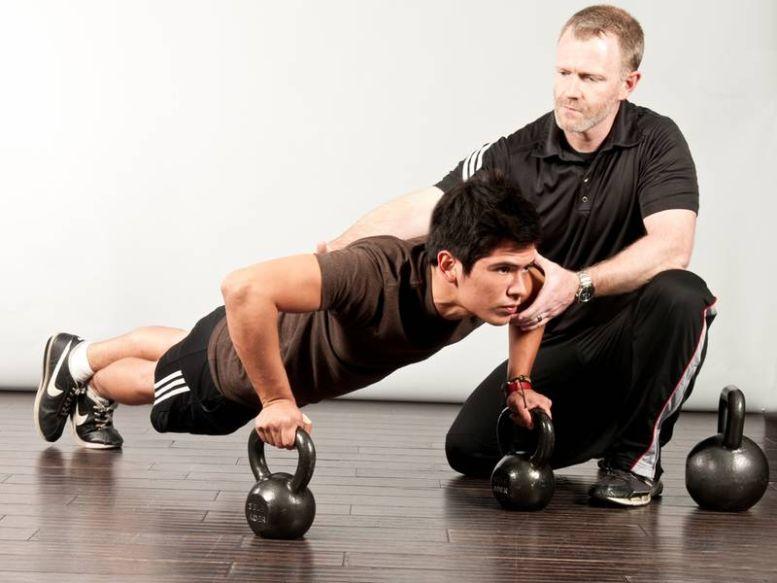 Sfaturile Grand Fitness: De ce bine să modifici periodic antrenamentul