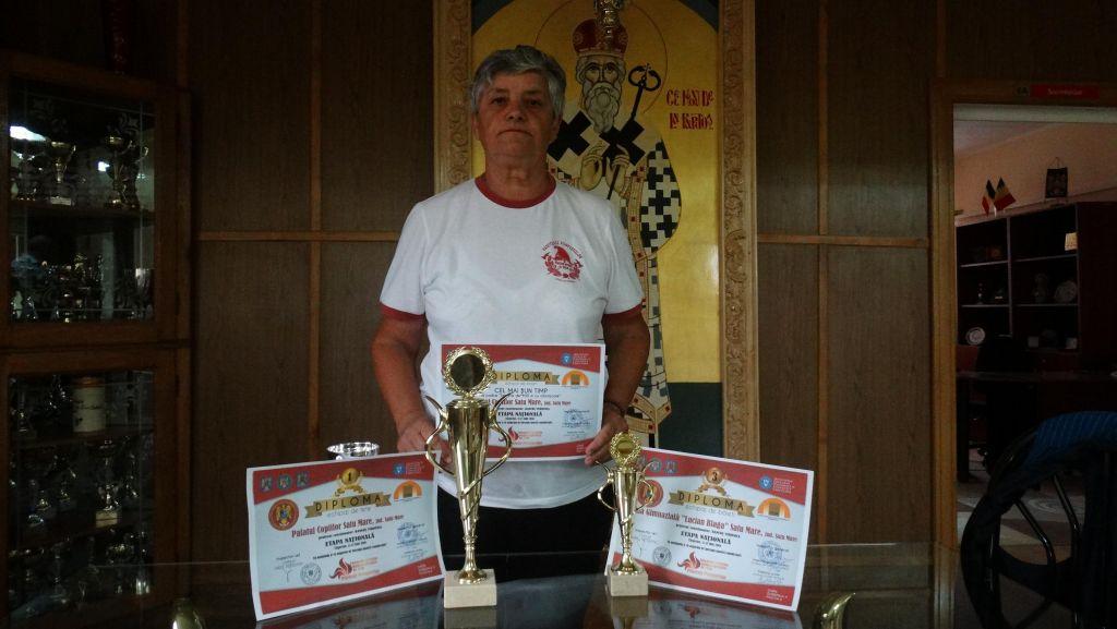Prietenii pompierilor se întorc cu două medalii de la Etapa Națională a concursului dedicat lor