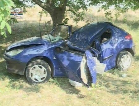 """Accident la Acâș. Un șofer mort de beat, a """"parcat"""" în șanț"""