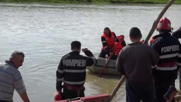 Cadavru găsit plutind în Someș. Era atât de tânăr…