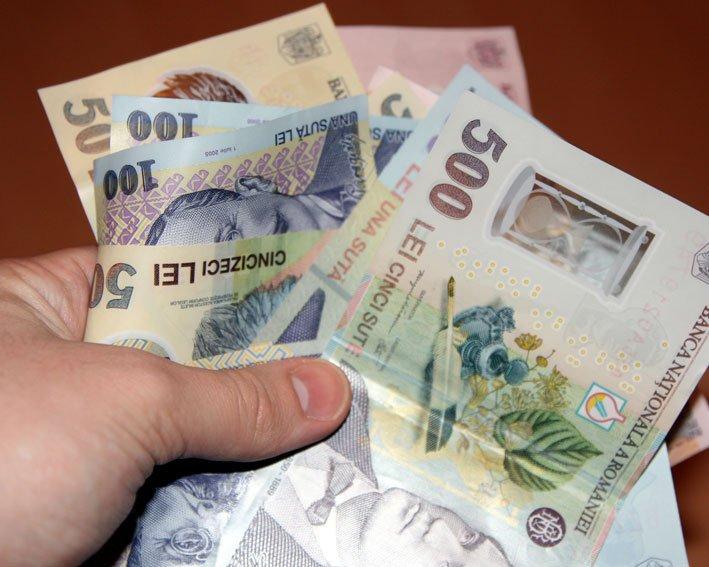 Salarii între 1500 și 7200 de lei pentru directorii de instituții subordonate Consiliului Județean. Merită?