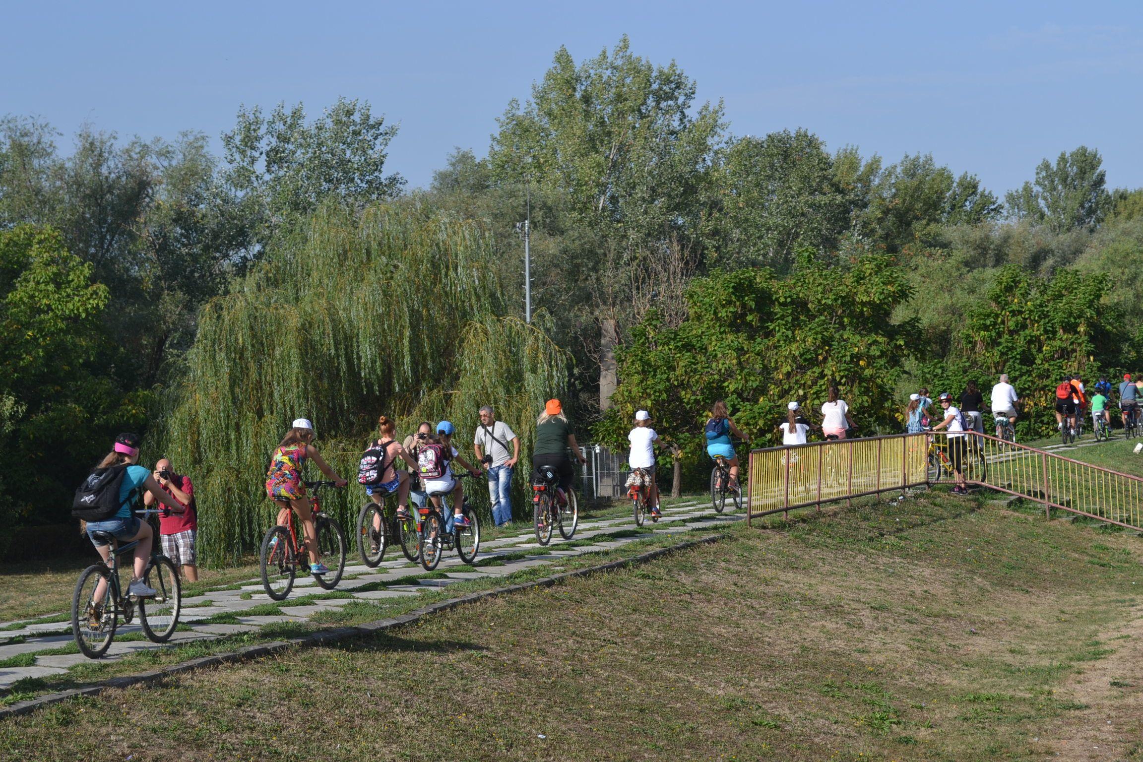 80 de bicicliști din Ungaria vor vizita sâmbătă orașul Satu Mare. Sătmărenii sunt invitați să li se alăture