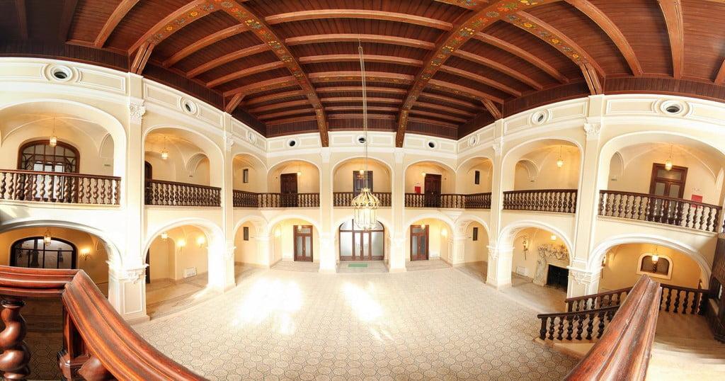 Castelul din Carei, platou de filmare pentru un film românesc. Vezi trailerul