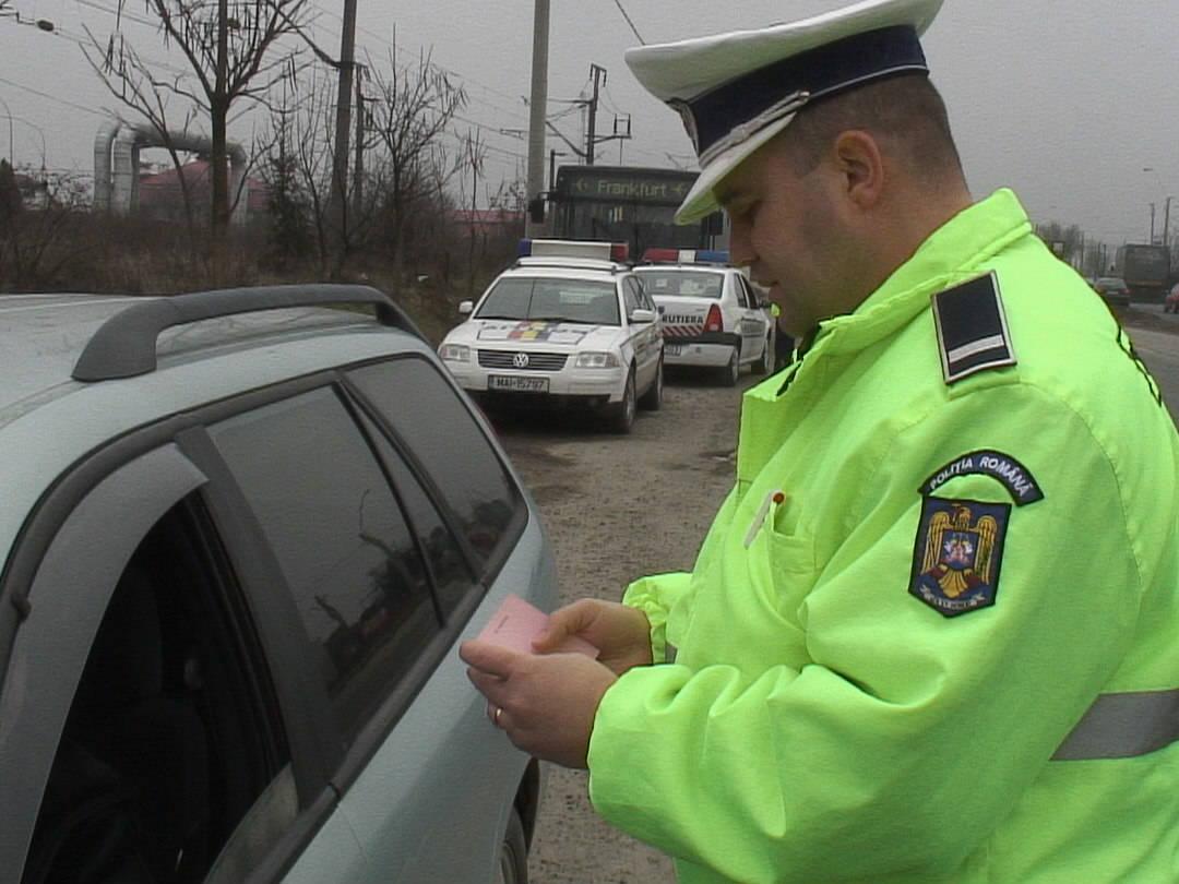 Amenzi pe bandă rulantă pentru șoferii indisciplinați