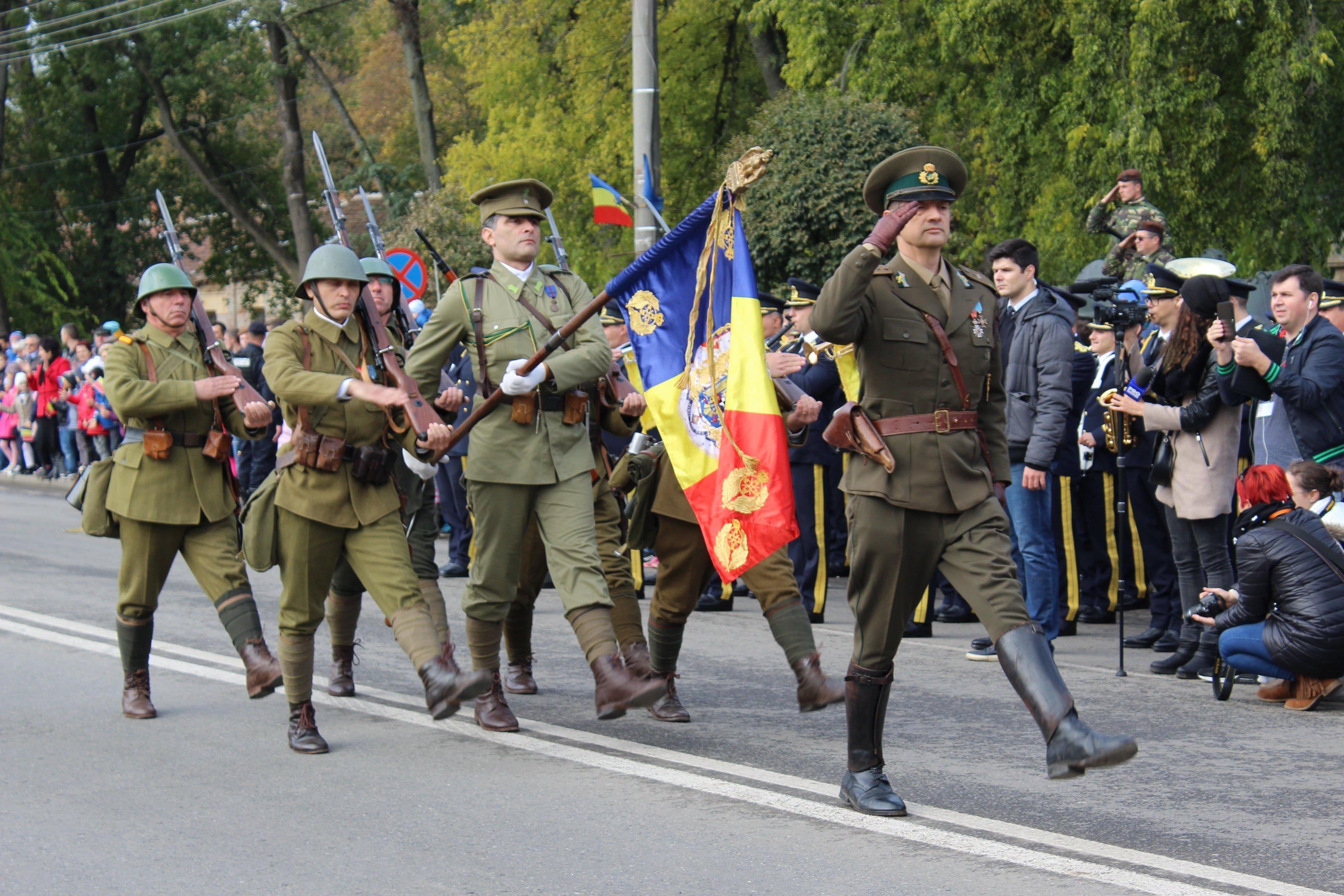 Ziua Armatei surprinsă în fotografii. Galerie foto superbă
