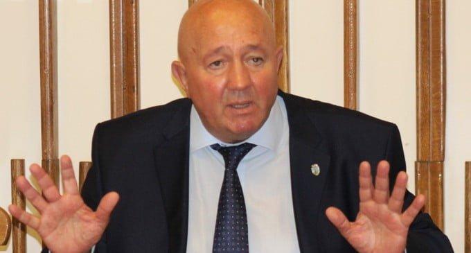 Dorel Coica cochetează cu Partidul România Unită pentru a candida la parlamentare. Nu e singurul