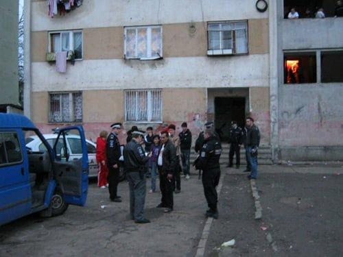 Zona Ostrovului, casa infractorilor? Doi hoți prinși la o scurtă vizită a poliției la blocurile de pe Ostrovului
