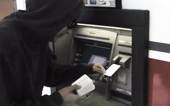 Sătmărenii, parte dintro rețea de hoți din bancomate. Acționau în Franța, Belgia și SUA, până au fost prinși de procurori
