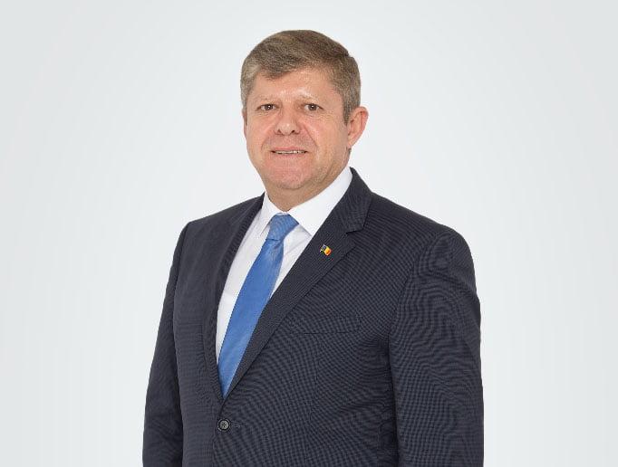 Deputatul Octavian Petric: Iohannis și PNL umilesc româniiși le blochează dreptul la o viaţă mai bună