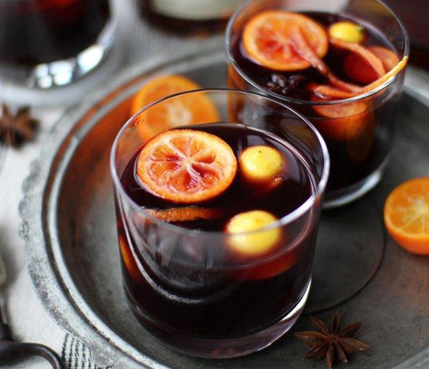Sfatul unui barman sătmărean – încercaţi vin fiert cu fresh de lămâie, sirop de ghimbir și anason