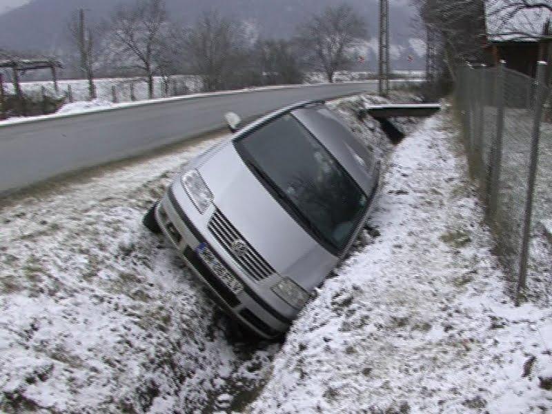 Accident produs de o șoferiță din Tășnad pe DJ 109