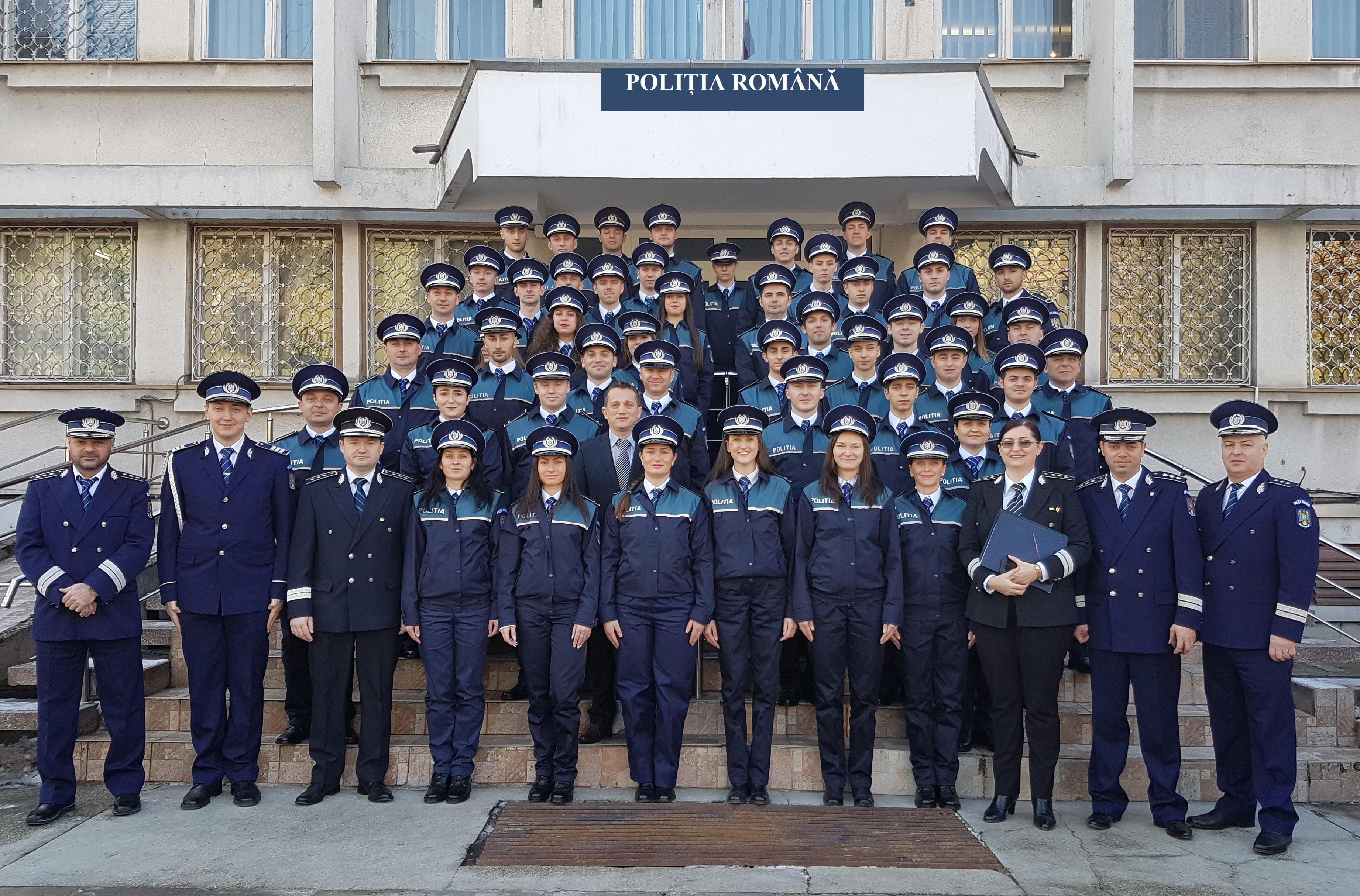 48 de noi polițiști, angajați din sursă externă, au depus jurământul