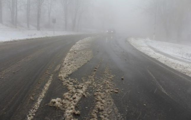 Sătmăreni inconștienți! 10 șoferi s-au pornit la drum cu mașina nepregătită de iarnă