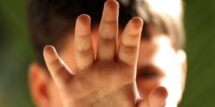 Un copil de 16 ani, prins după ce a furat dintr-o casă din Tășnad