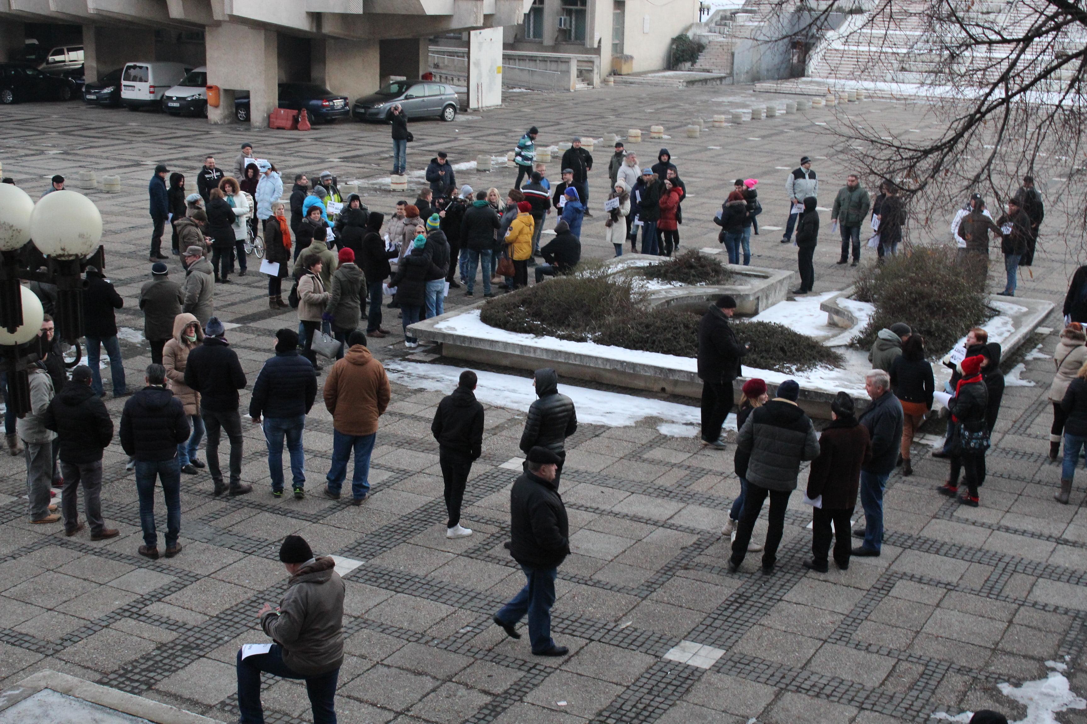 Peste 100 de sătmăreni au protestat împotriva legii amnistiei și grațierii