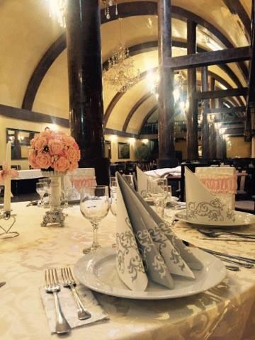 Ce pierzi dacă nu alegi un meniu de nuntă all-inclusive? O grămadă de timp, răbdare și bani