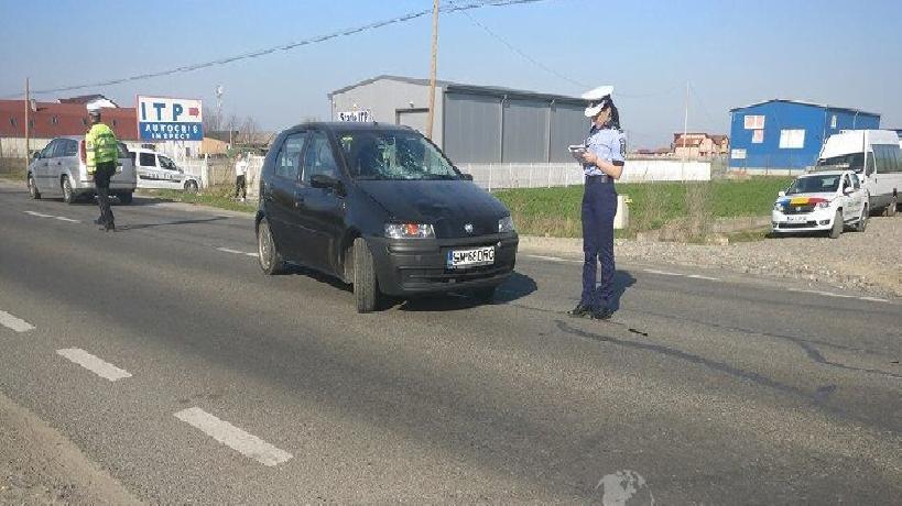 Copil de 14 ani, luat pe sus de un șofer. Minorul a zburat în fața mașinii