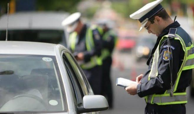 Șapte șoferi au rămas pietoni în weekend