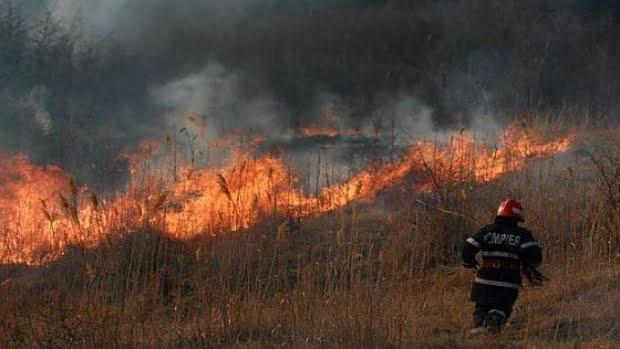 Cinci incendii în doar cinci ore! Solicităti pe bandă continuă pentru pompieri