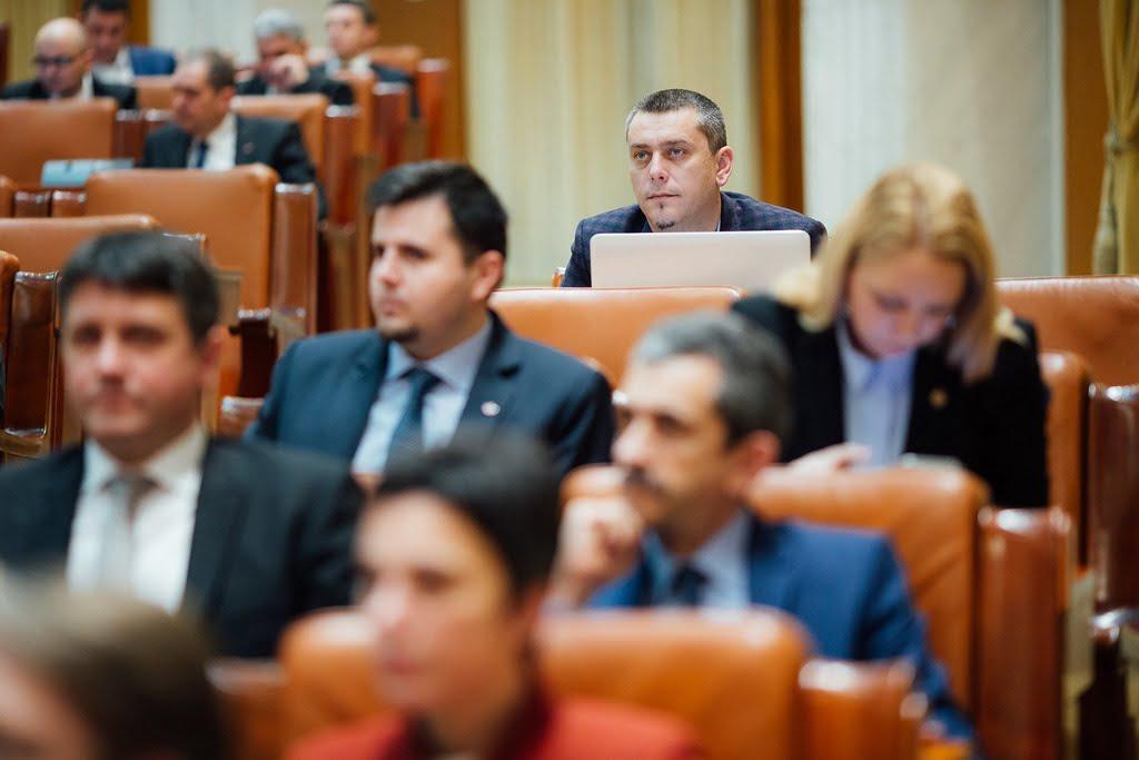 Magyar Lóránd: a belügyminisztert kérdeztem a határátkelők túlzsúfoltságának megoldásával kapcsolatban