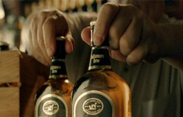Hoț de băuturi prins în fapt de jandarmi pe strada Careiului