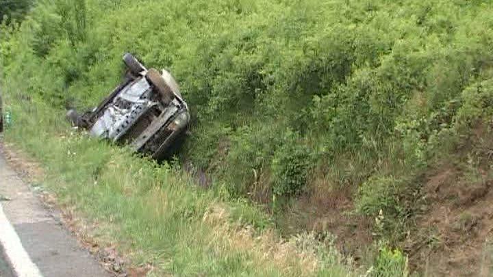 Un șofer din Gherța a încălcat legea pe bandă rulantă! Poliția l-a prins după ce a făcut un accident