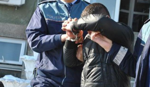 Hoț prins în timp record de polițiștii din Negresti – golise curtea unui om
