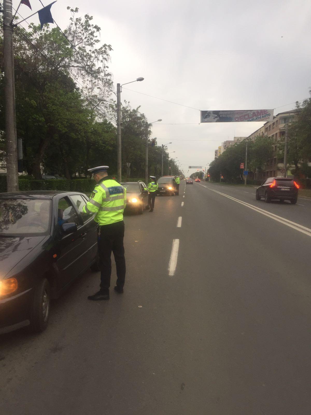 Polițiștii de la rutieră au luat la puricat șosele din județde la primele ore ale dimineții