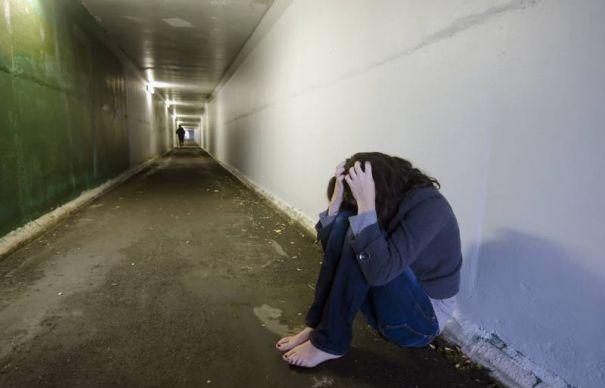 O tânără de 15 ani, fugită de acasă, a fost găsită la iubitul ei, de 17 ani