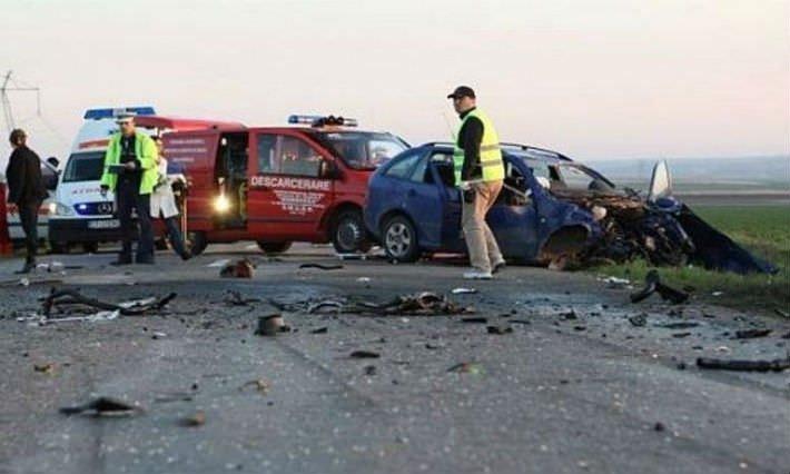 Accident grav în Satu Mare. Trei masini implicate