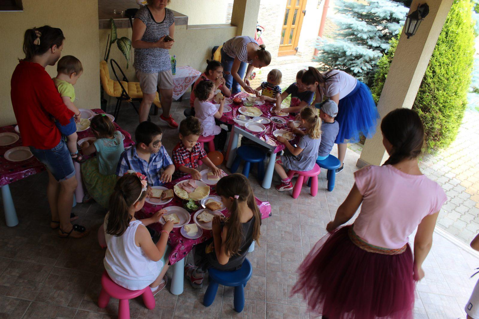 UNIC în Satu Mare! Distracție și educație pentru copii, pe perioada verii, la Wonder Kids After School