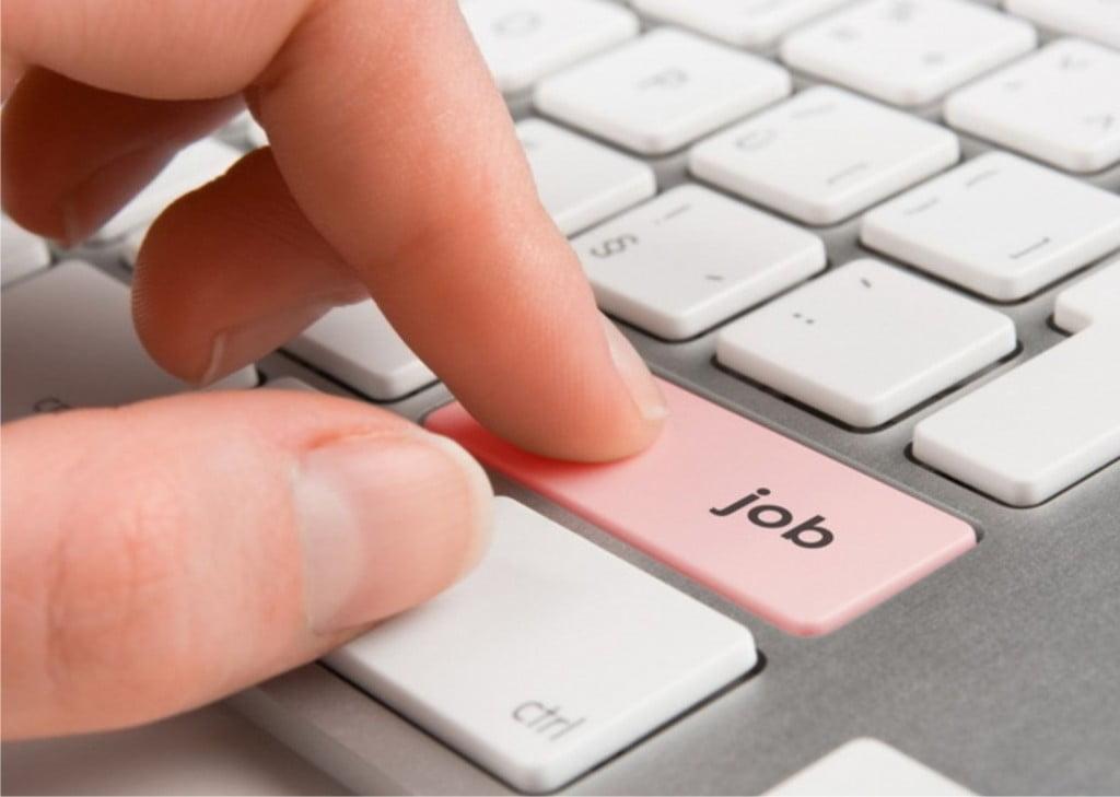 Peste 250 de locuri de muncă în județ – se caută mulți manageri, agenți de turism, contabili