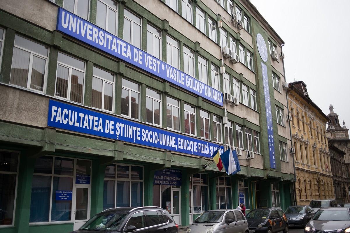 Diplome pe bani la Universitatea Vasile Goldis. Cunoașteți cazuri la Satu Mare?