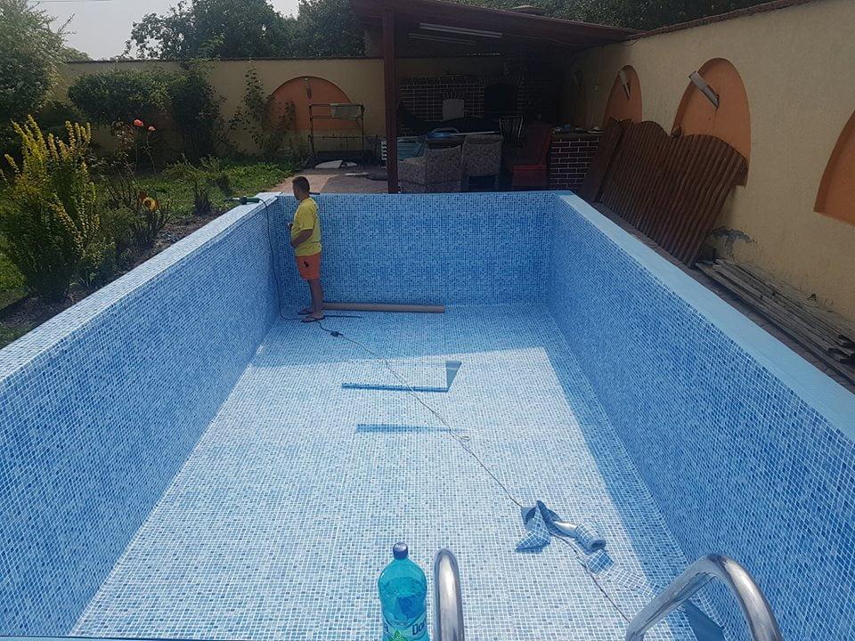Îți sună bine ideea unei piscine în curte? Cât durează construcția uneia și ce pași trebuie urmați