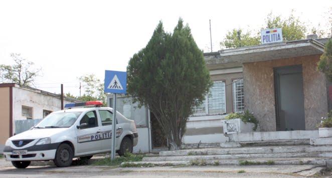 Polițiștii din Gherța i-au oprit unui bărbat din Comlăușa aventura la volan. Nu avea permis