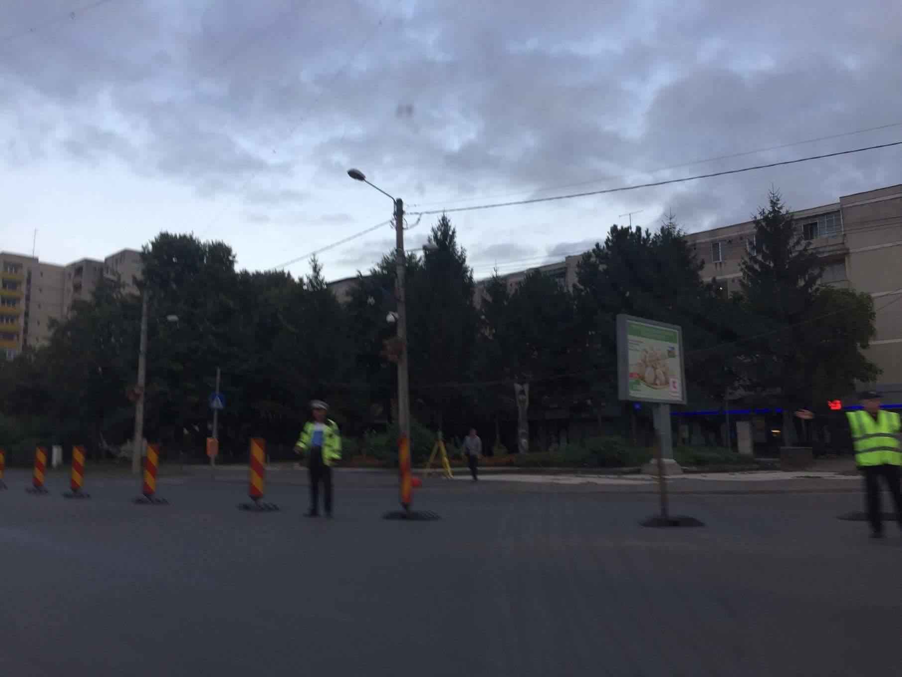 Traficul în intersecția Crinul este restricționat. Începe construcția sensului giratoriu