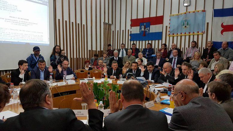Consiliul Local Satu Mare se opune deciziei Ucrainei de a interzice românilor din Ucraina folosirea limbii materne