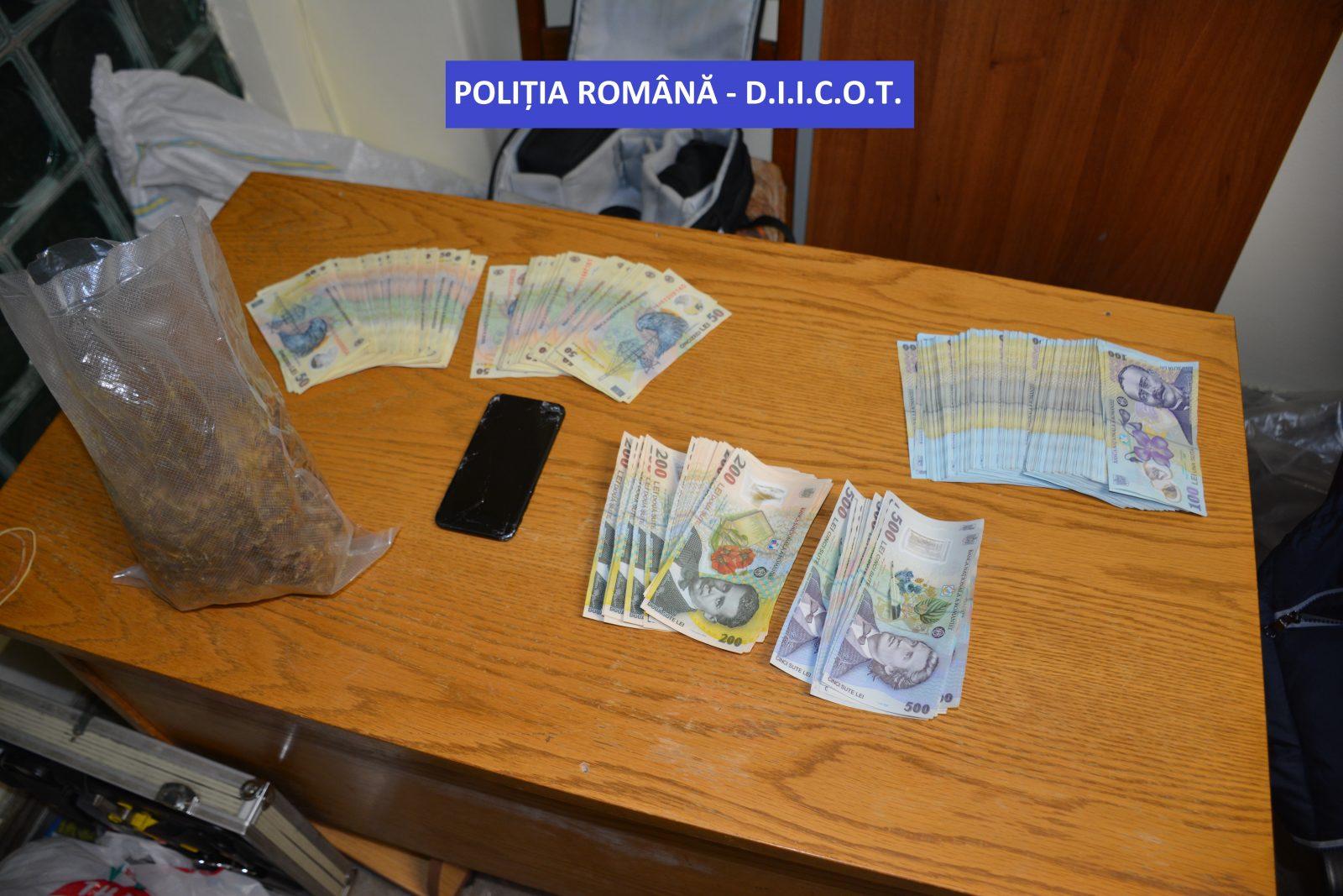 Un bărbat din Batarci a fost prins în timp ce încerca să vândă aproape o jumătate de kg de canabis