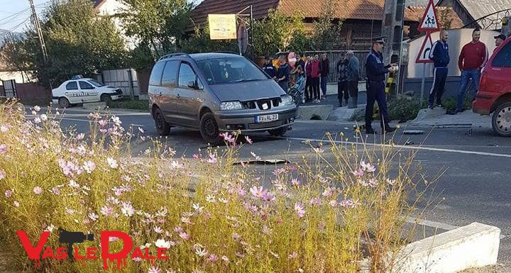 Accident provocat de o sătmăreancă de 41 de ani la Vișeu. Patru persoane rănite