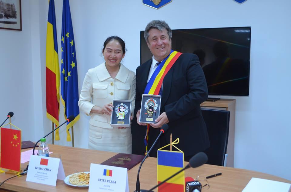 Kínai várossal kötött együttműködési szerződést Tasnád városa