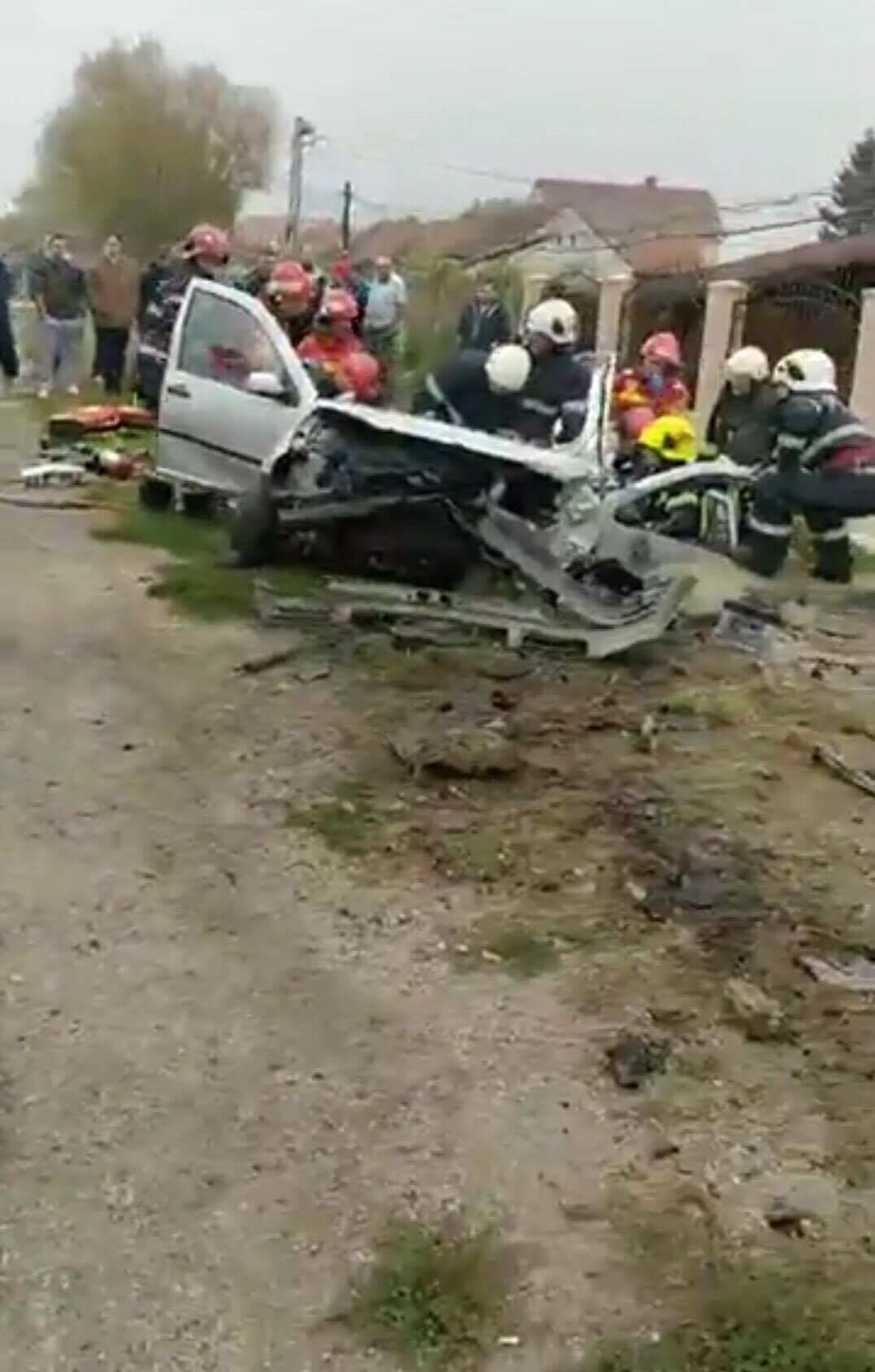 Accident deosebit de grav pe Lucian Blaga. Trei persoane au fost ranite