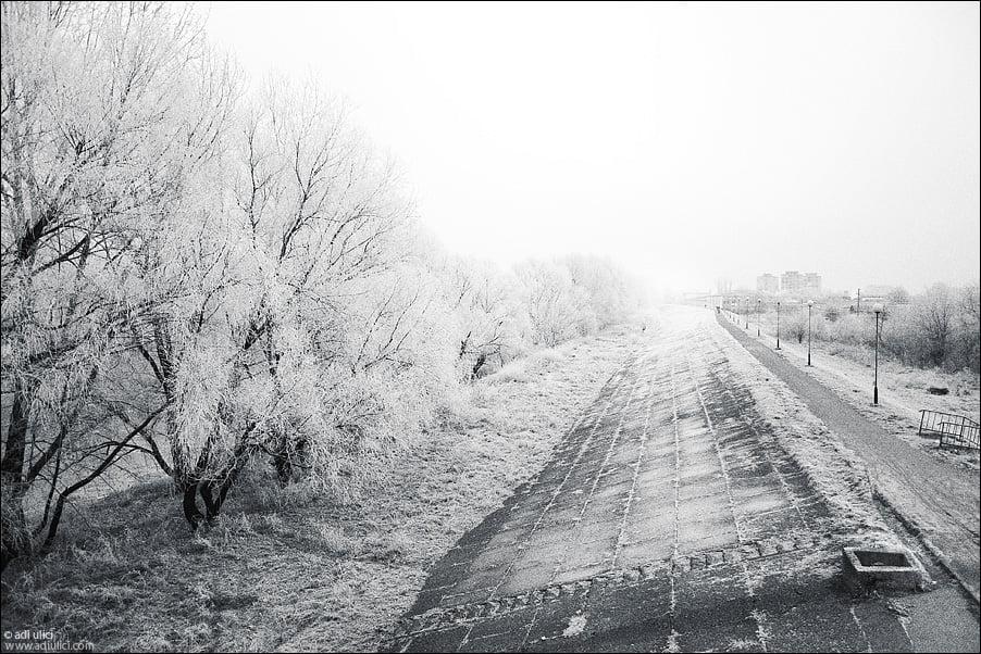 Pregătiți paltoanele, gecile de iarnă, căciulile și mănușile. De marți vin ninsorile la Satu Mare
