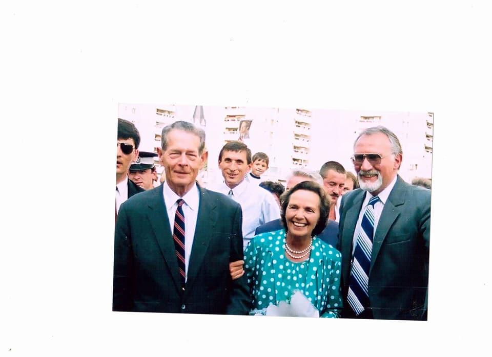"""Amintirile sătmărenilor cu Regele Mihai de la vizita din 1997: """" Și-a condus singur jeepul, fără antemergător și sirene"""", """"Era atât de simplu"""""""