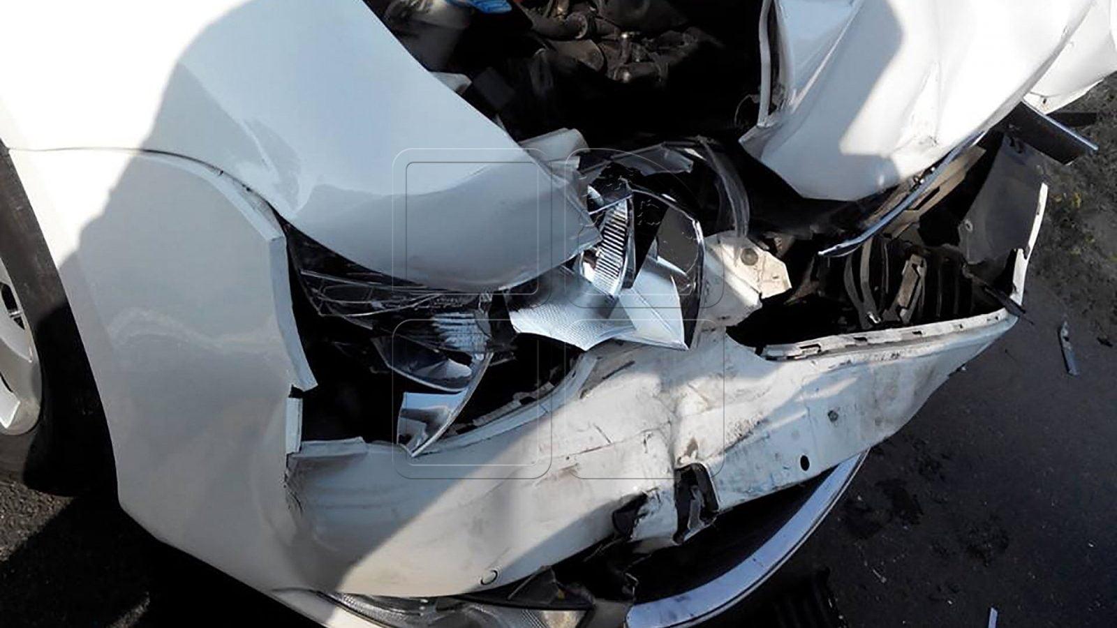 Un tânăr din Gherța a produs un accident la Călinești Oaș. Două persoane au fost rănite