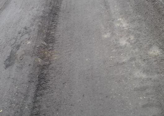 Repară un drum și sparg altul. Drumul Acâș – Unimăt, spaima băilor de ulei