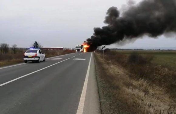 VIDEO – Imagini cu resturile din remorca TIR-ului care a ars ieri între Iojib și Livada
