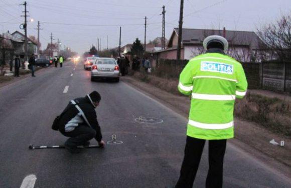Accident mortal la Negrești, în weekend. Victima era întinsă pe șosea când mașina a dat peste ea