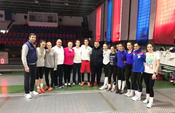Mesajul Ministrului Tineretului și Sportului, Ioana Bran, pentru lotul de spadă seniori feminin, aflat în pregătire la Satu Mare