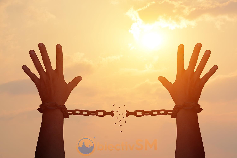 CONDAMNAT LA SUB 5 ANI CU EXECUTARE? | STAȚI FĂRĂ GRIJI – Faceți detenția acasă fără sistem electronic de supraveghere