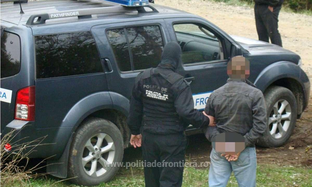 Un nou condamnat pentru trafic de droguri, oprit în P.T.F. Petea și predat Serviciului de Investigații Criminale
